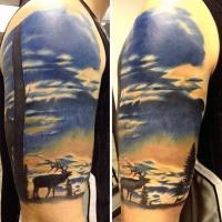 eccezionale dipinto colorato con vita selvatica  di cervo tatuaggio a mezza manica