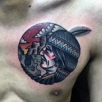 Klassiker bunter Amerikanischer Indianer Häuptling Tattoo an der Brust