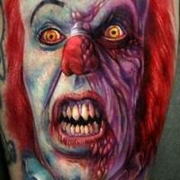 vivaci colori spaventosa faccia di pagliaccio tatuaggio