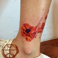Aquarell Tattoo mit Mohnblume von Koraykaragozler