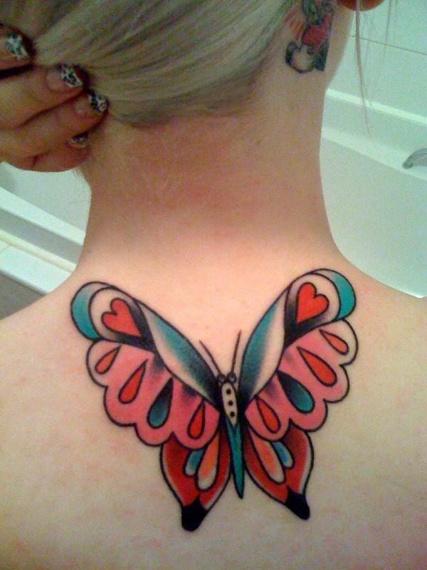 farfalla tradizionale tatuaggio su schiena