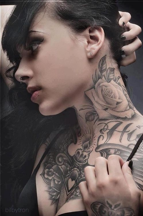 U3D realistic black and white rose flower tattoo on neck