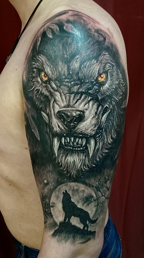 New school style colored shoulder tattoo of evil wolverine