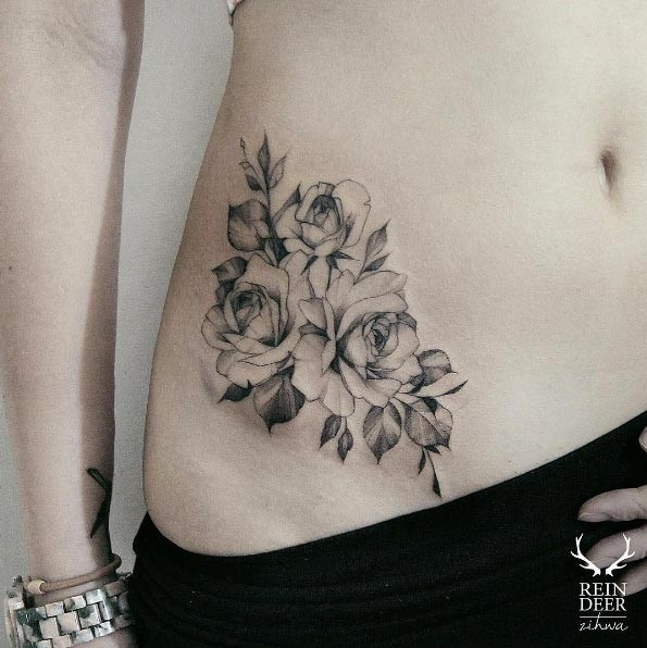 Unreal painted blackwork style painted by Zihwa waist tattoo of nice roses