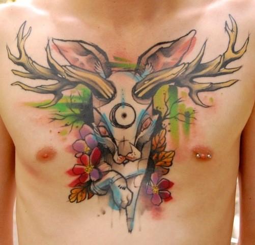 insolito stile meta gatto meta coniglio tatuaggio su petto