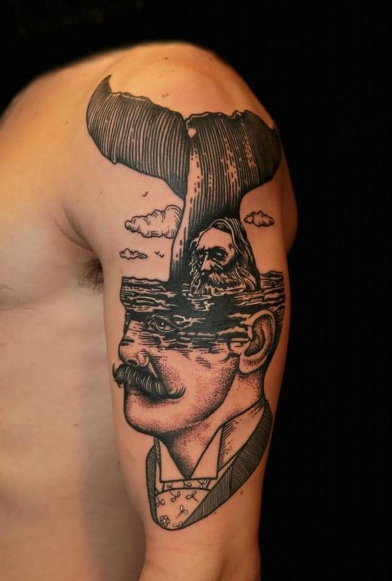 insolito stile dipinto meta ritratto meta nautica tatuaggio su spalla