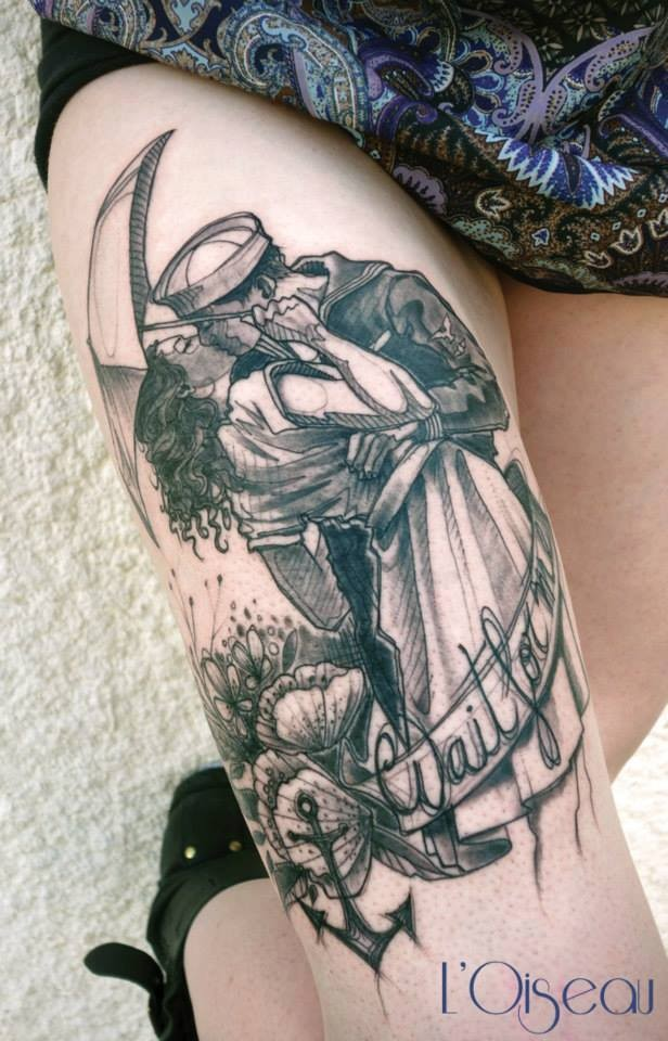 Vintage picture style black ink thigh tattoo of kissing couple