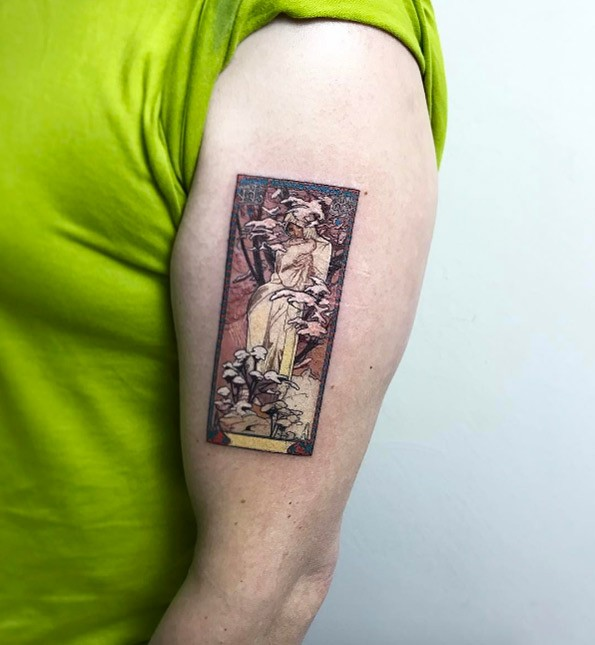 Vintage style colorful upper arm tattoo of ancient statue card