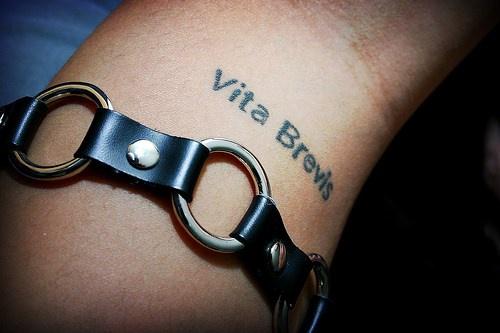 Vita brevis tattoo