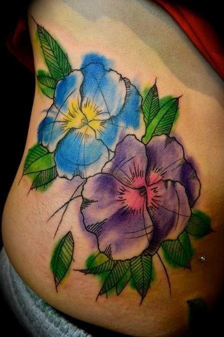 vivaci colori due fiori tatuaggio su costolette