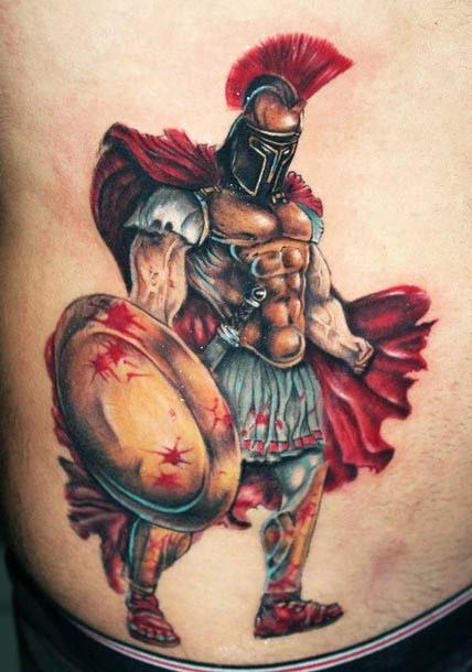 colori vivaci gladiatire in mantello rosso tatuaggio