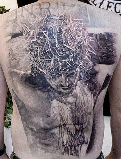"""meraviglioso griggio nero crocefisso gesu"""" tatuaggio su tutta schiena"""